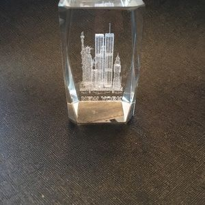 Glass Etched New York City statue